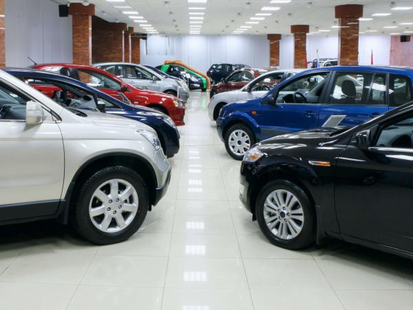 Registro de carros nuevos cae 5,7 % en primer semestre