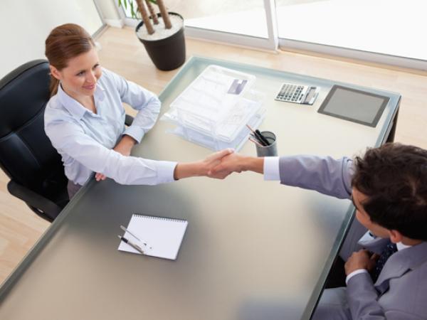 Galería/ 'Tips' para no pasar desapercibido en una entrevista de trabajo