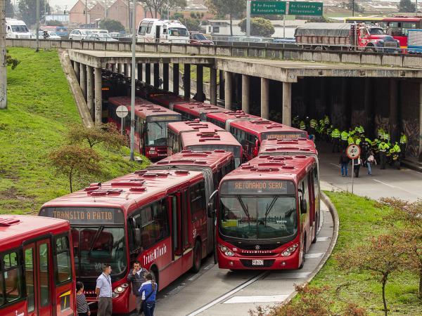 TransMilenio podría dejar de operar en agosto: ¿qué camino le ...
