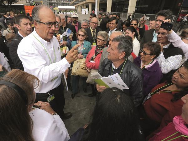 Gremios petroleros respaldan a Felipe Bayón como presidente de Ecopetrol