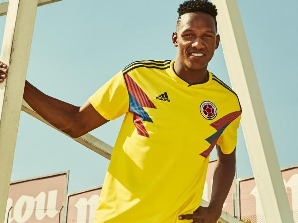 181d0916a82 Camiseta de la Selección Colombia Mundial Rusia 2018 | Tendencias ...