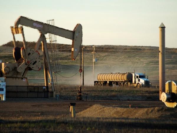 Barril de petróleo subió 3%