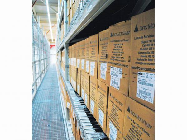 El servicio de almacenaje seguro permite gestionar el crecimiento y volumen de la información cuando lo requiera.