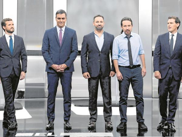 ¿Cuánto mide Santiago Abascal? - Estatura real: 1,80 - Página 10 5dc5e3d495de1