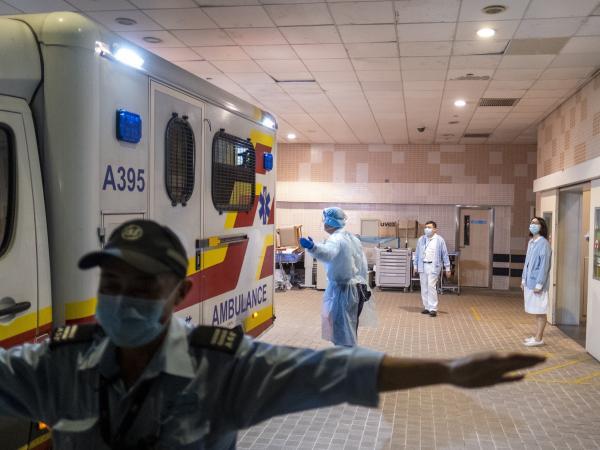 Por prevención de virus, aíslan ciudadano chino que llegó a Colombia