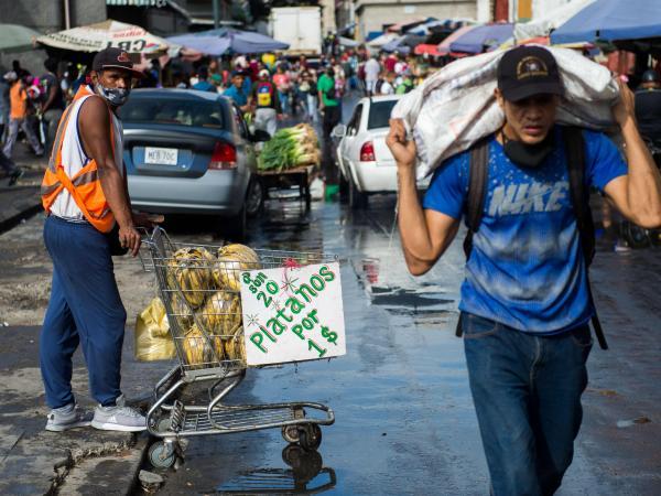 """Venezuela impulsa plan para """"sustituir importaciones"""""""