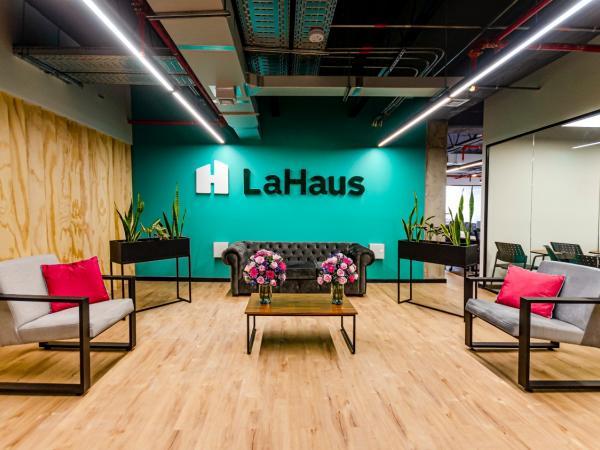 Jeff Bezos y Maluma, entre los nuevos inversionistas de La Haus