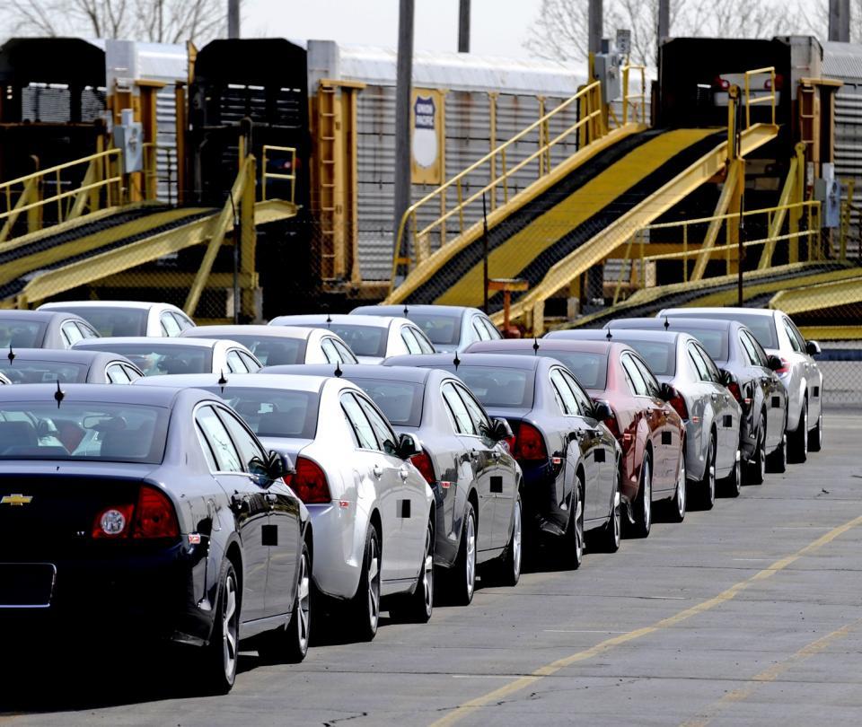 Gobierno suspende los cupos de importación para carros híbridos - Noticias de Colombia