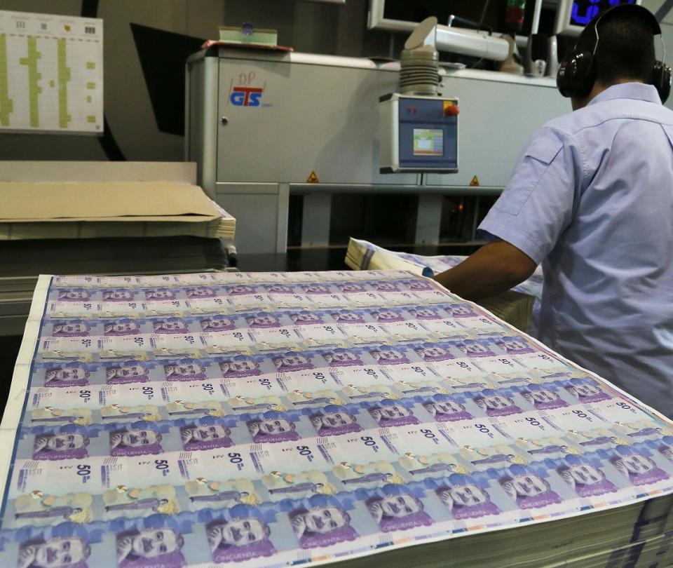 Ley obliga a Fondos de pensiones a invertir en proyectos productivos - Noticias de Colombia