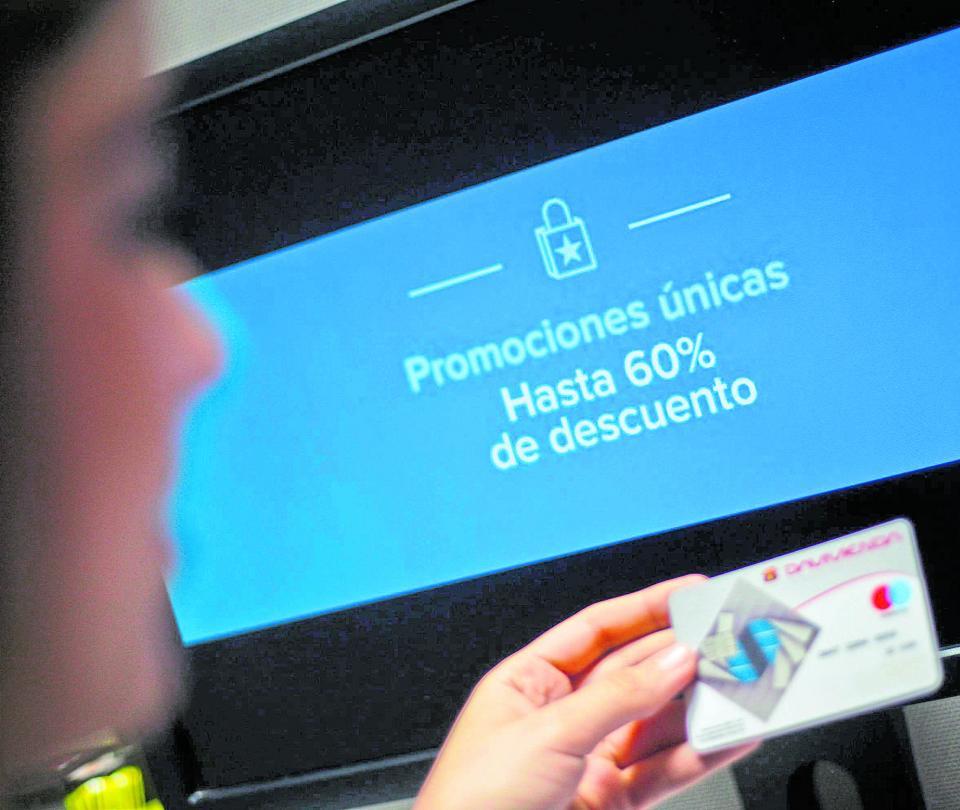 IVA a compras digitales enfrenta a las plataformas y el comercio local   Reforma tributaria   Economía   Noticias de Buenaventura, Colombia y el Mundo