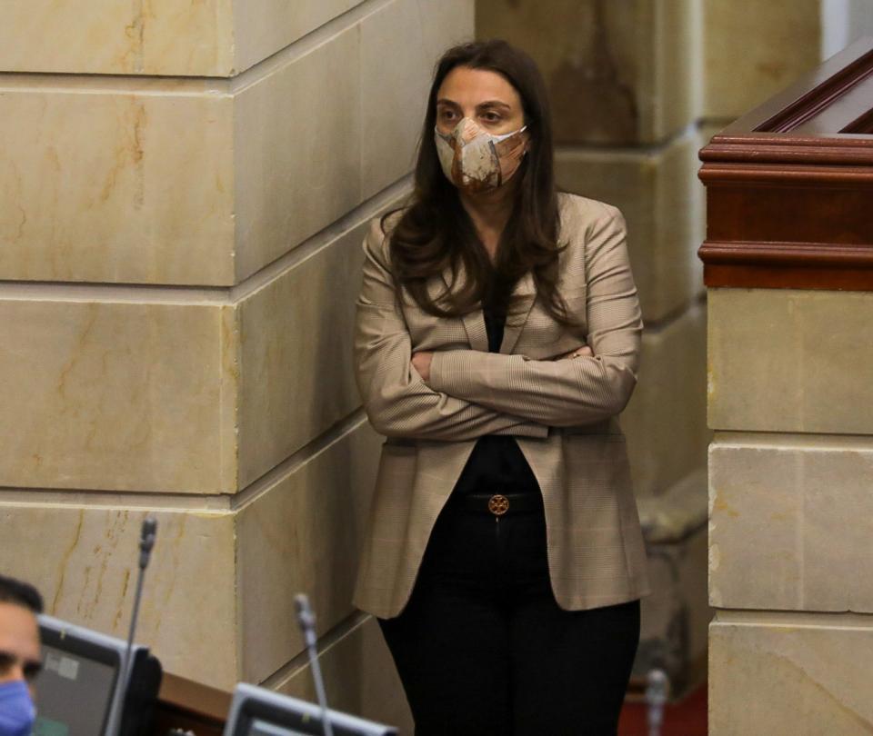 Karen Abudinen oficializa su renuncia al Ministerio TIC - Noticias de Colombia