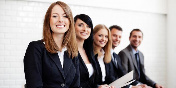 Con el mismo promedio que un investigador (3,7), los jóvenes también prefieren el cargo de analista de negocios.