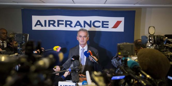 Air France eliminará 2.900 empleos si sigue la huelga