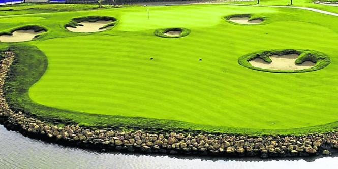 Campo de golf del Karibana Beach Golf Condominium, en Cartagena.