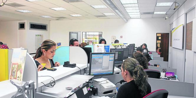 Bancolombia en la era de sucursales sostenibles for Oficinas bancolombia cali