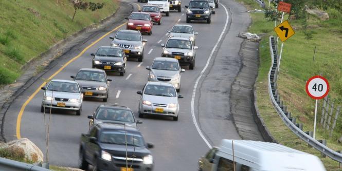 Seis muertos, 21 accidentes y 78 borrachos, primer balance del puente festivo