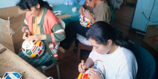 Monguí ya exporta sus balones a la región. 1ac94e5199863