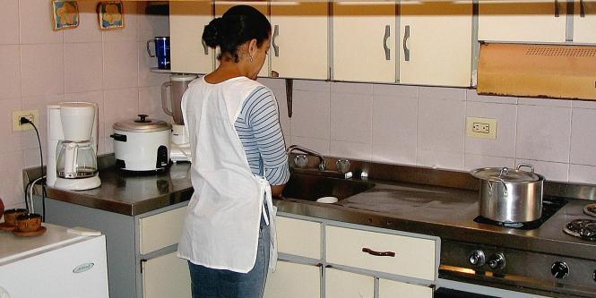 Serna contadores esto cuesta tener una empleada dom stica for Contrato para empleada domestica