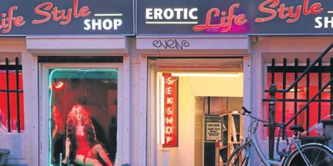 prostitutas en vitrinas citas prostitutas