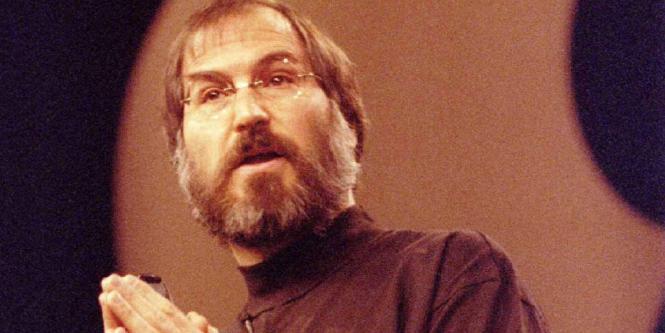 Aprenda de los demás. En la escuela secundaria, Jobs asistió a conferencias en Hewlett-Packard. Antes de cumplir 21 años, Steve