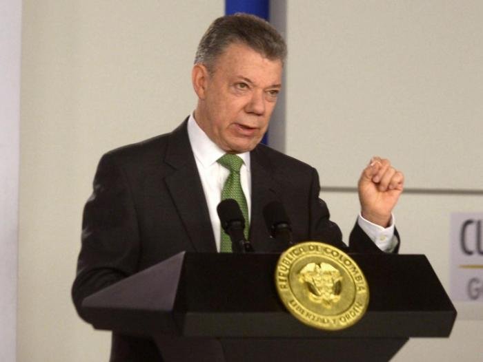 Santos expidió decreto que regularizará a migrantes venezolanos
