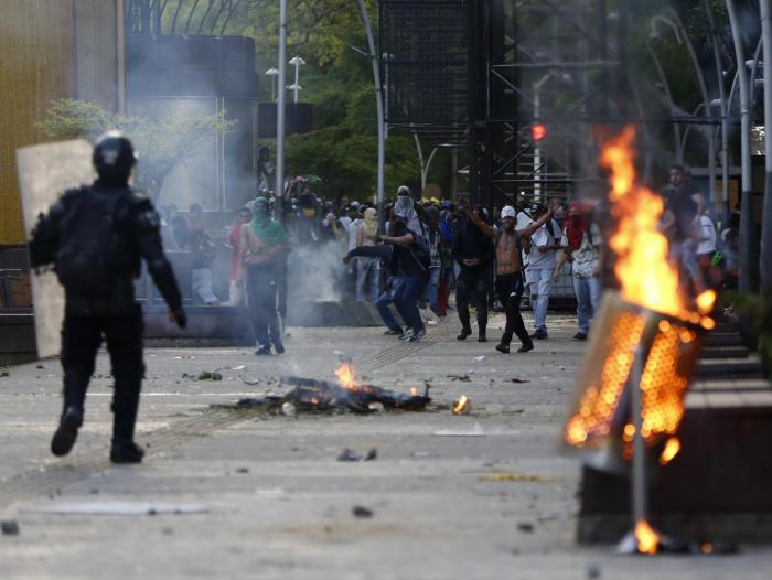 En Cali persisten las tensiones este viernes por nuevos disturbios | Paro  Nacional hoy Cali | Gobierno | Economía | Portafolio