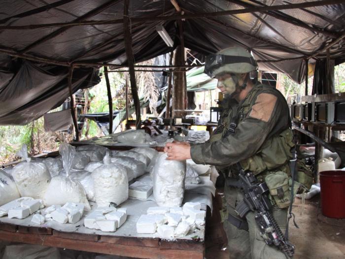 Lo que mueve el narcotráfico en la economía colombiana | Economía ...