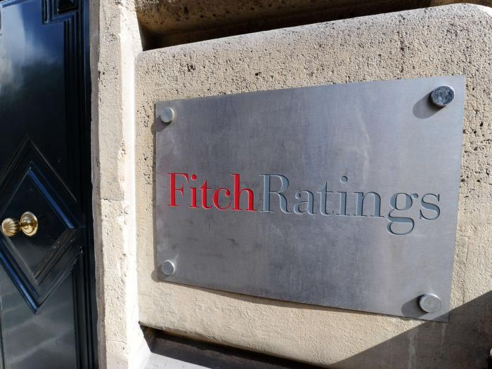 Fitch amenaza a EE. UU. con quitarle calificación Triple A