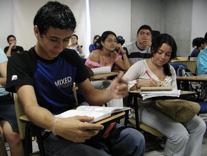 Abren convocatoria para becas en el exterior mis - Becas para colombianos en el exterior ...