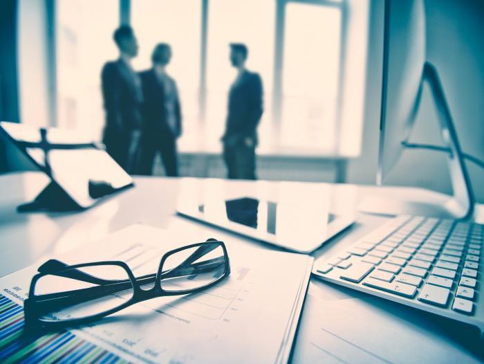 El top de las mejores empresas para profesionales j venes for Empresas de pavimentos de hormigon