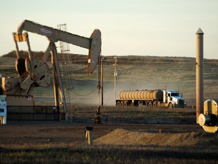 El precio del petróleo supera nuevamente los 60 dólares