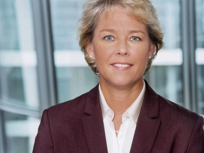 Lisa Davis, integrante de la Junta Directiva de Siemens Global.