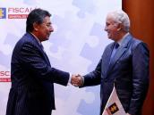 Fiscales Colombia y Ecuador